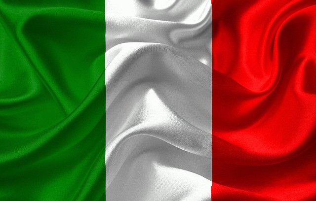 Italien - D303 - ITALIANO ALL'UNA - ITALIEN CON ITALIANI FAMOSI - A1.2 : débutants