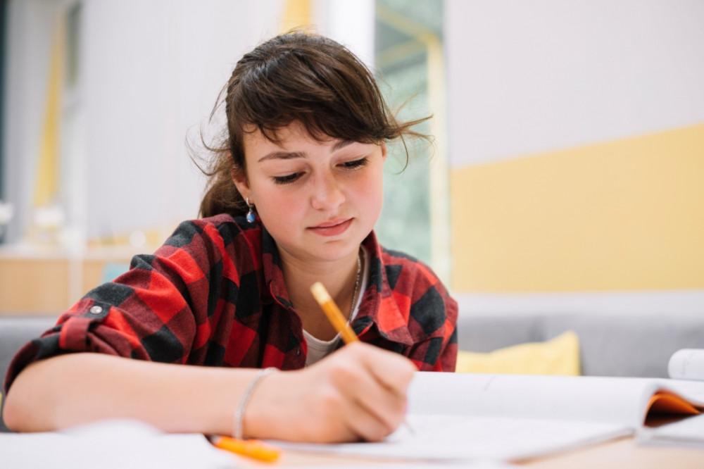 Ateliers d'écriture créative pour adolescents