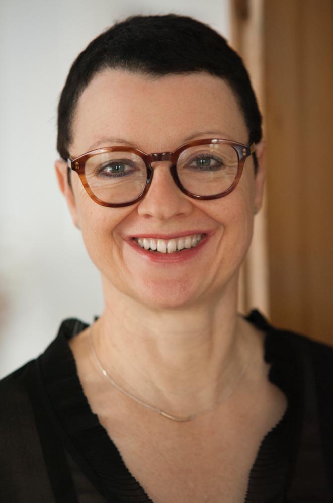 Christiane HOFF